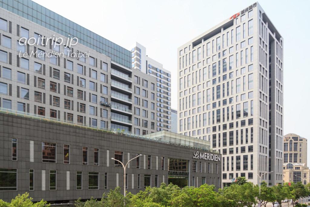 ルメリディアン台北のホテル外観