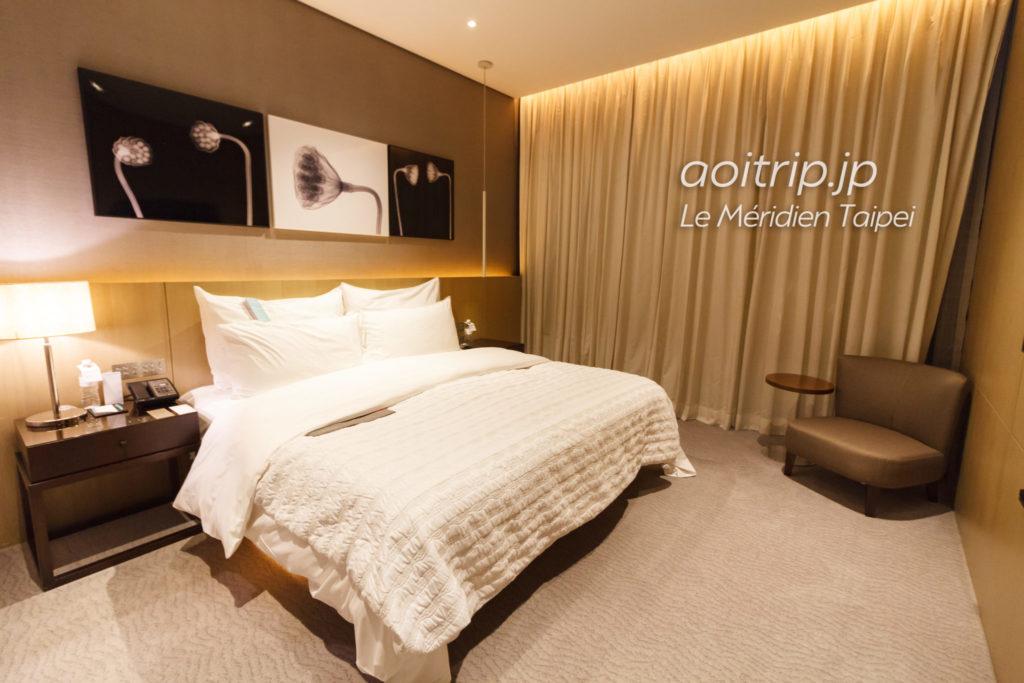 ルメリディアン台北のジュニアスイート ベッドルーム