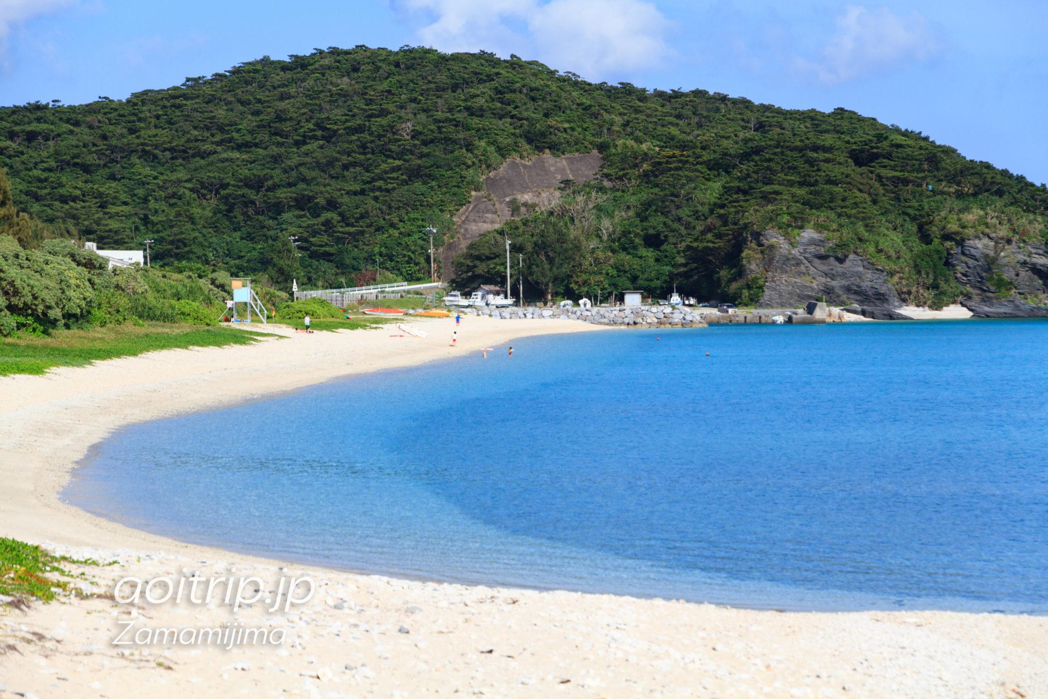 座間味島の阿真ビーチ