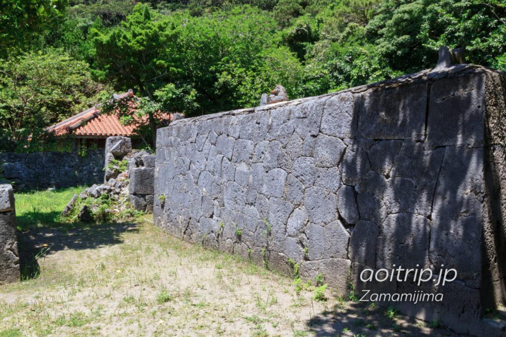阿佐船頭殿の石垣