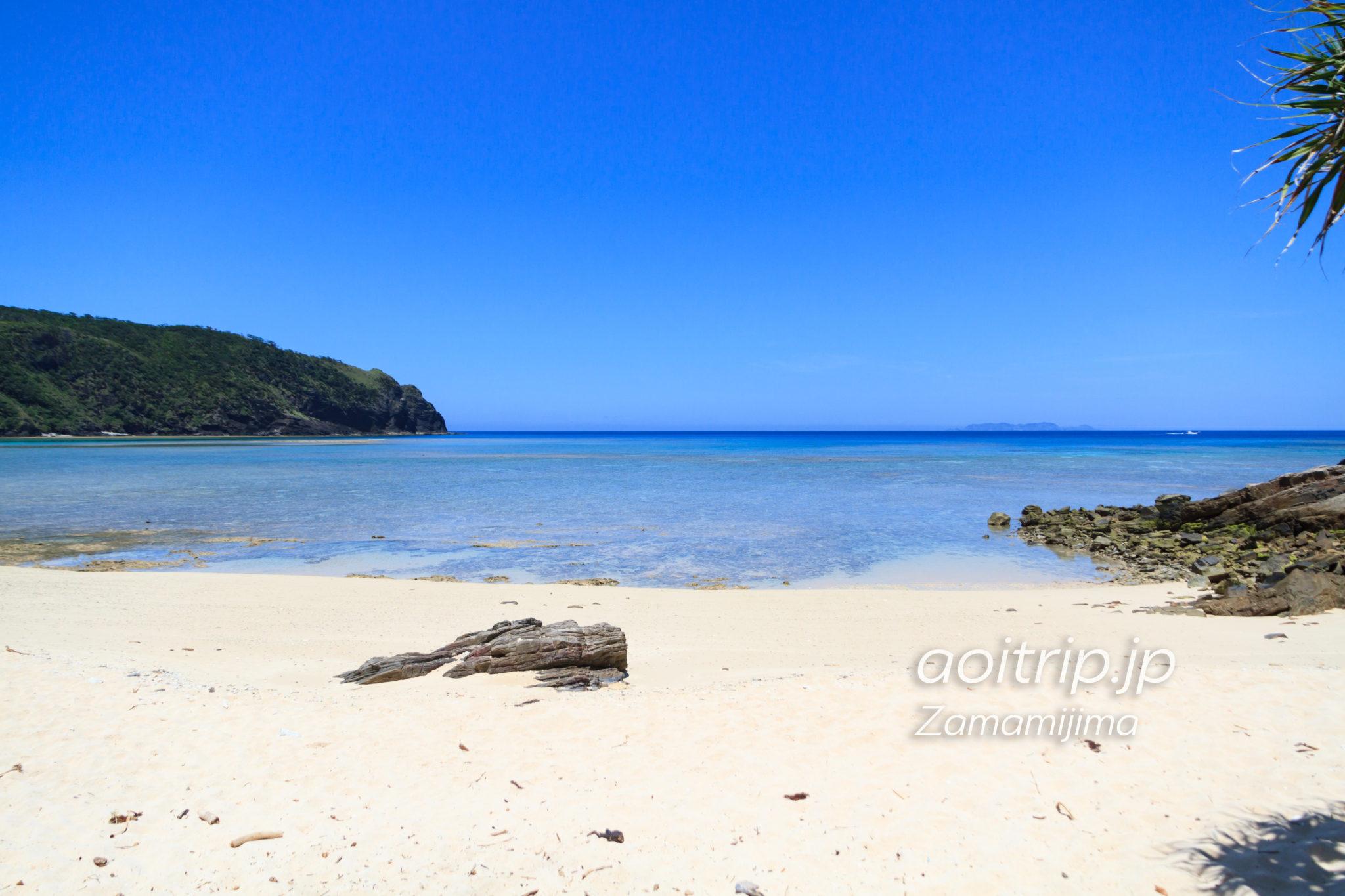 座間味島のユヒナの浜