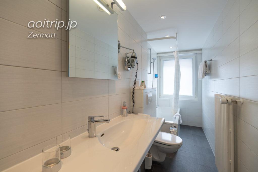 ホテル ブリストル スイス ツェルマットのバスルーム
