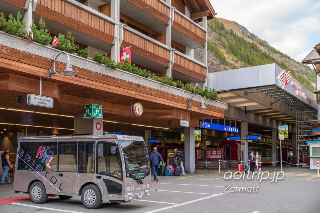 ホテル ブリストル スイス ツェルマットの送迎電気自動車