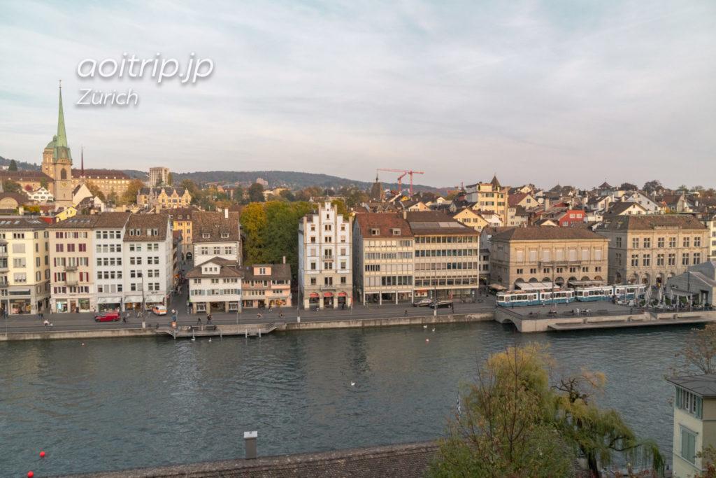 チューリッヒのリンデンホフの丘からの眺望