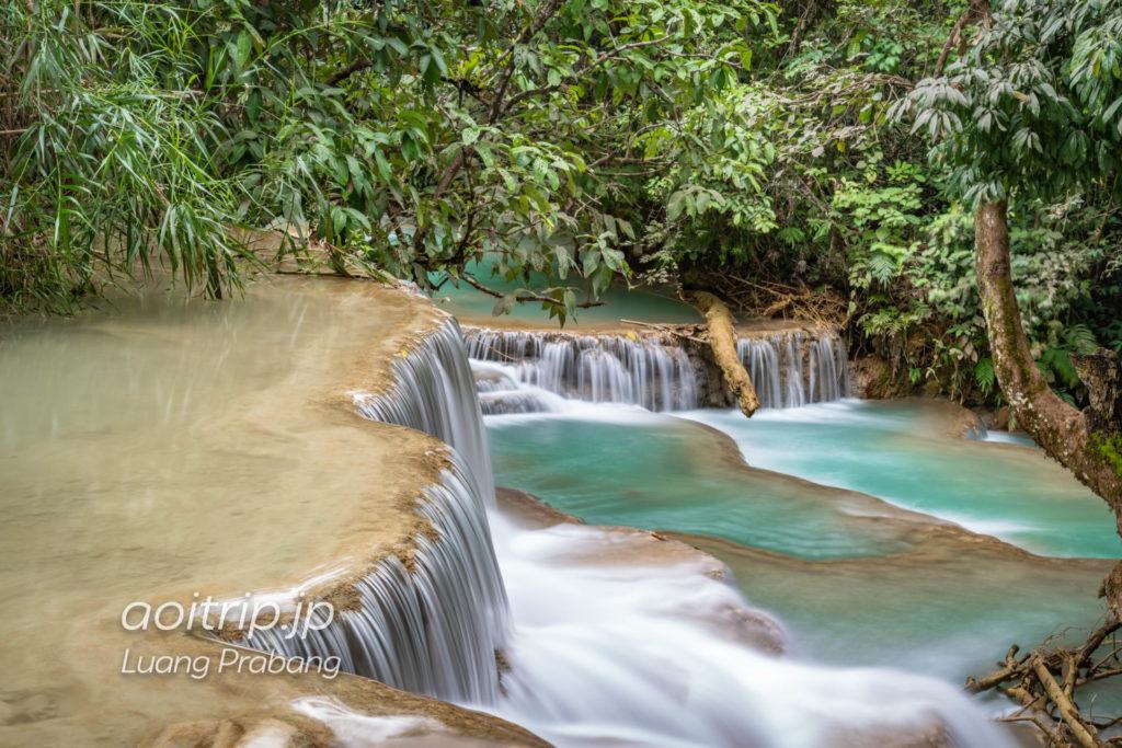 ラオス クアンシーの滝