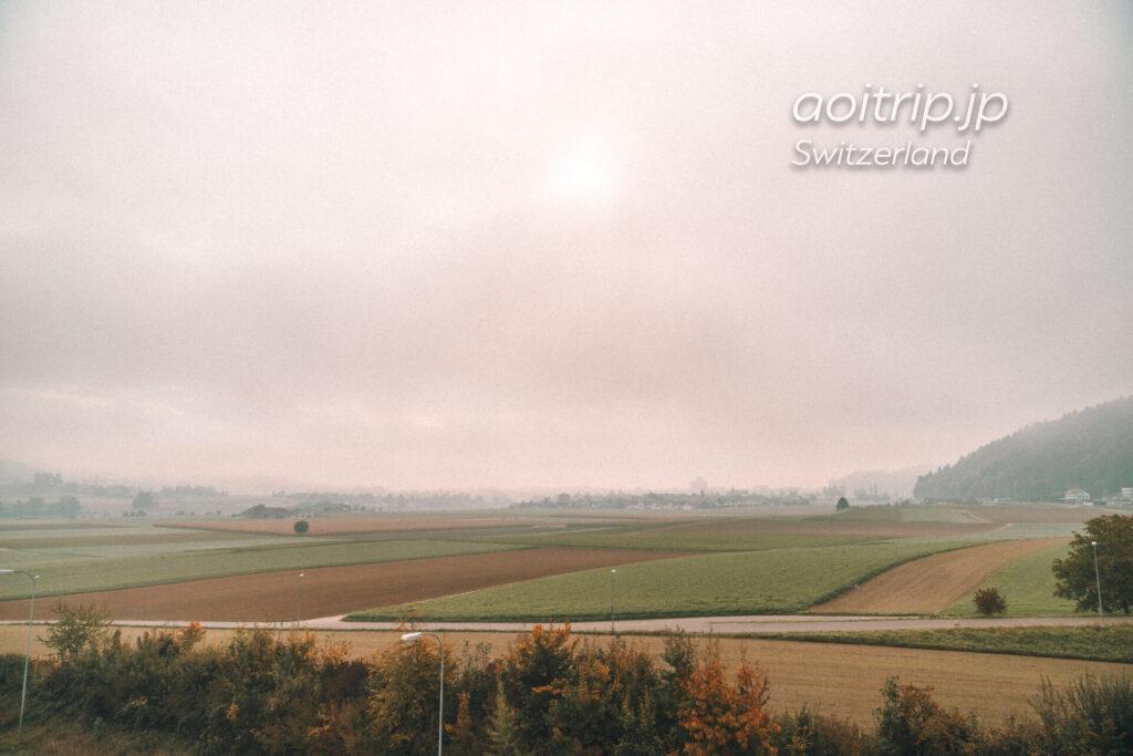 スイス鉄道の車窓からの景色