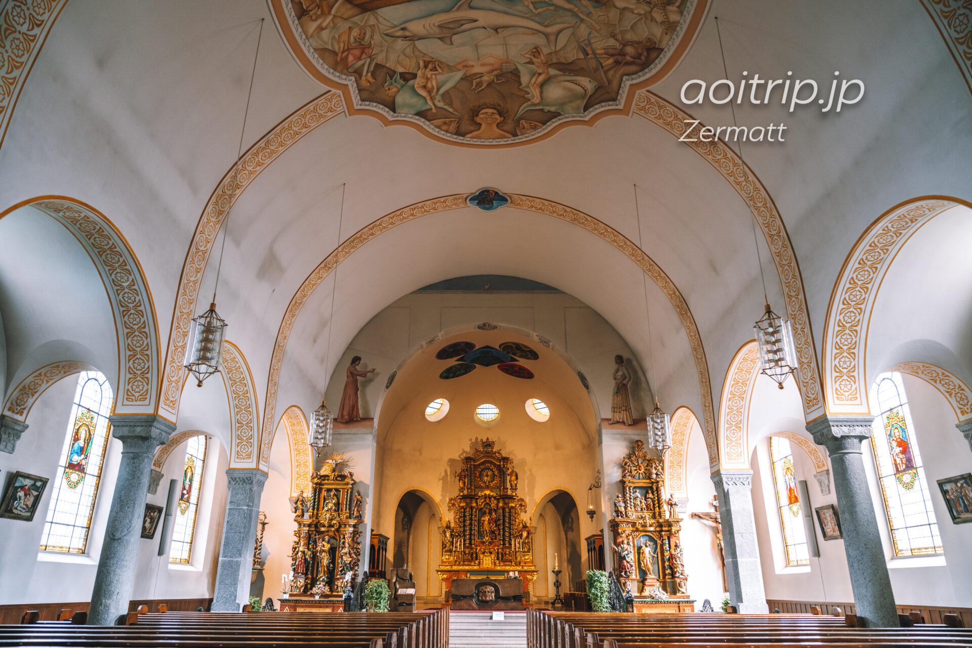 ツェルマットの教会内部