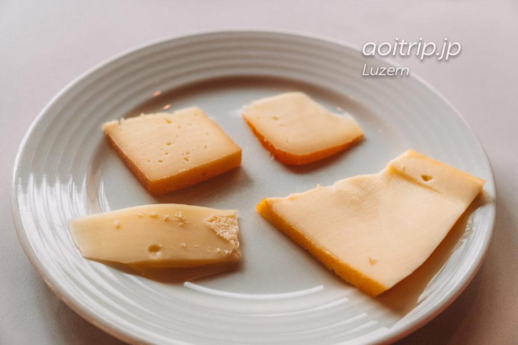 ルネッサンスルツェルンホテルの朝食チーズ