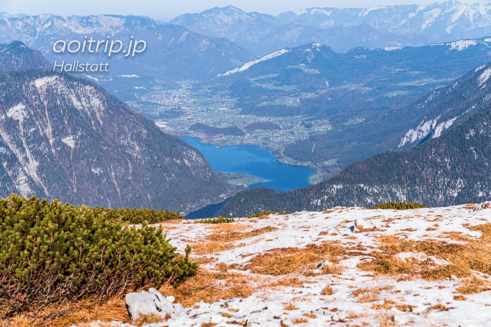 クリッペンシュタインから望むハルシュタット湖