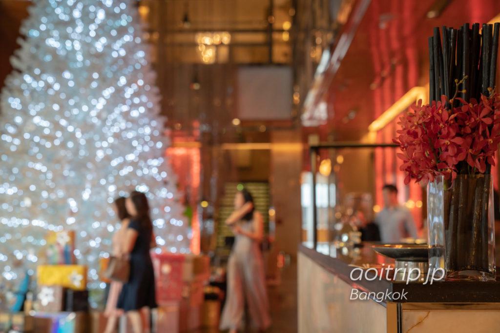 ルネッサンス バンコク ラッチャプラソーン ホテルのロビー