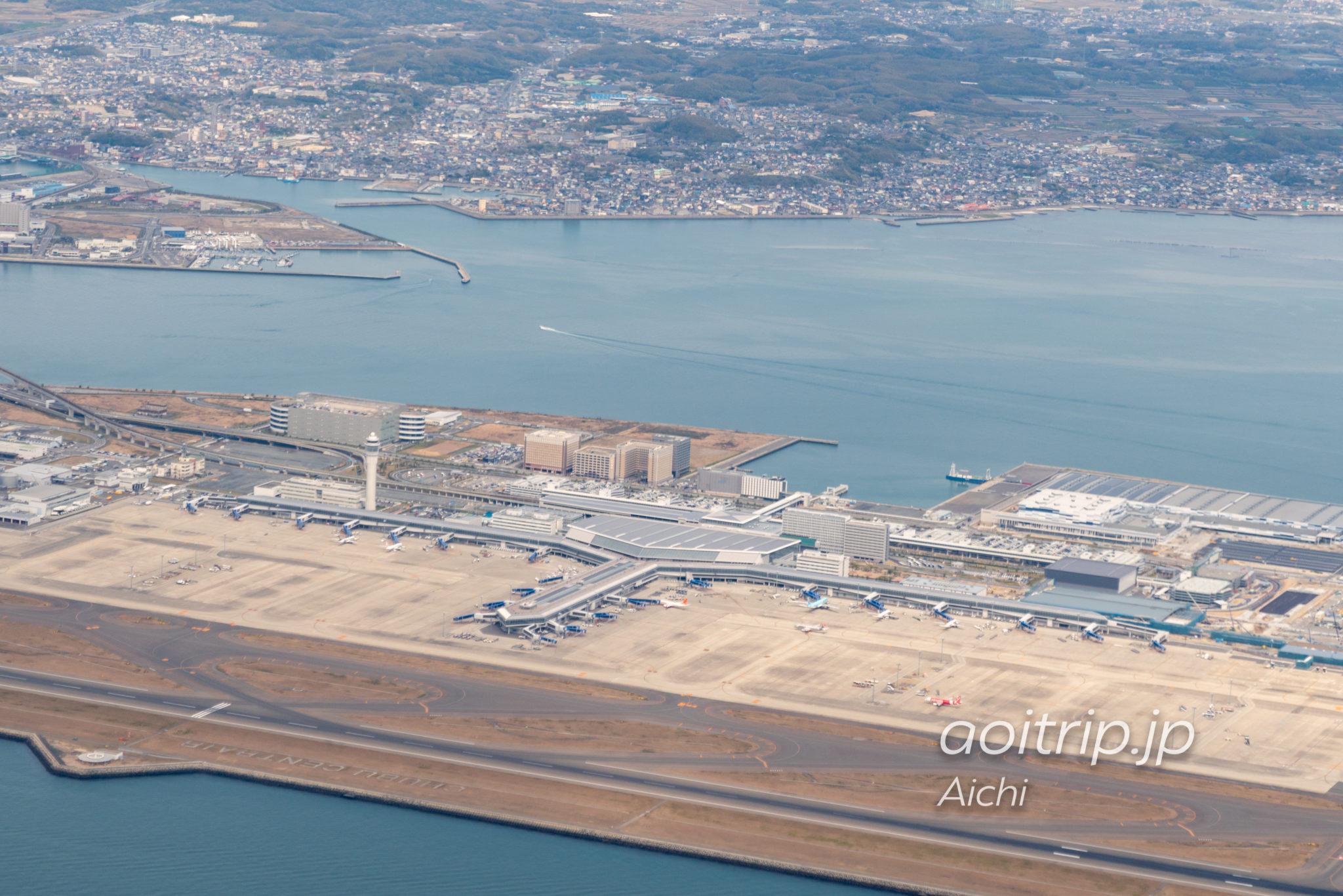 空から見る中部国際空港セントレア