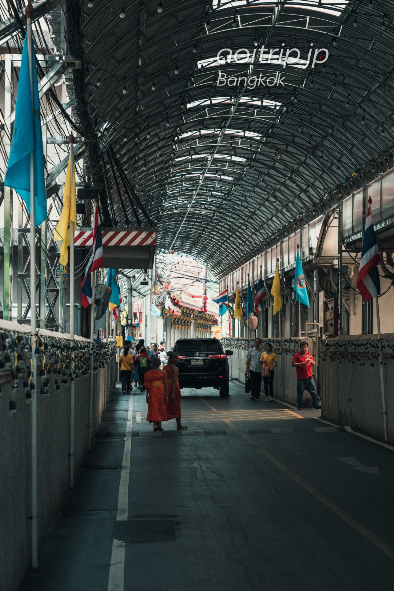 ワットパクナム寺院の行き方