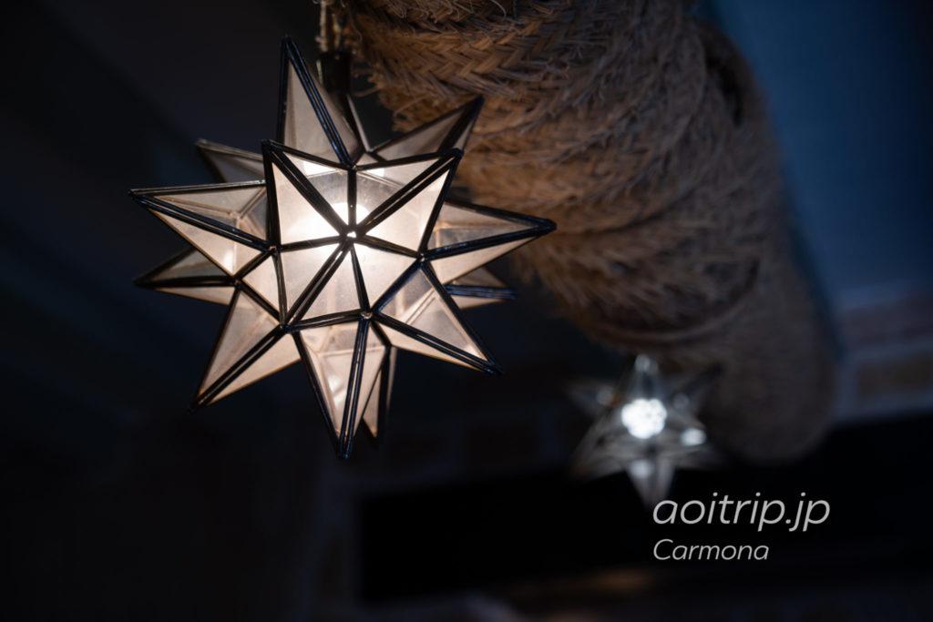 パラドールデカルモナ カルモナの象徴 八角星
