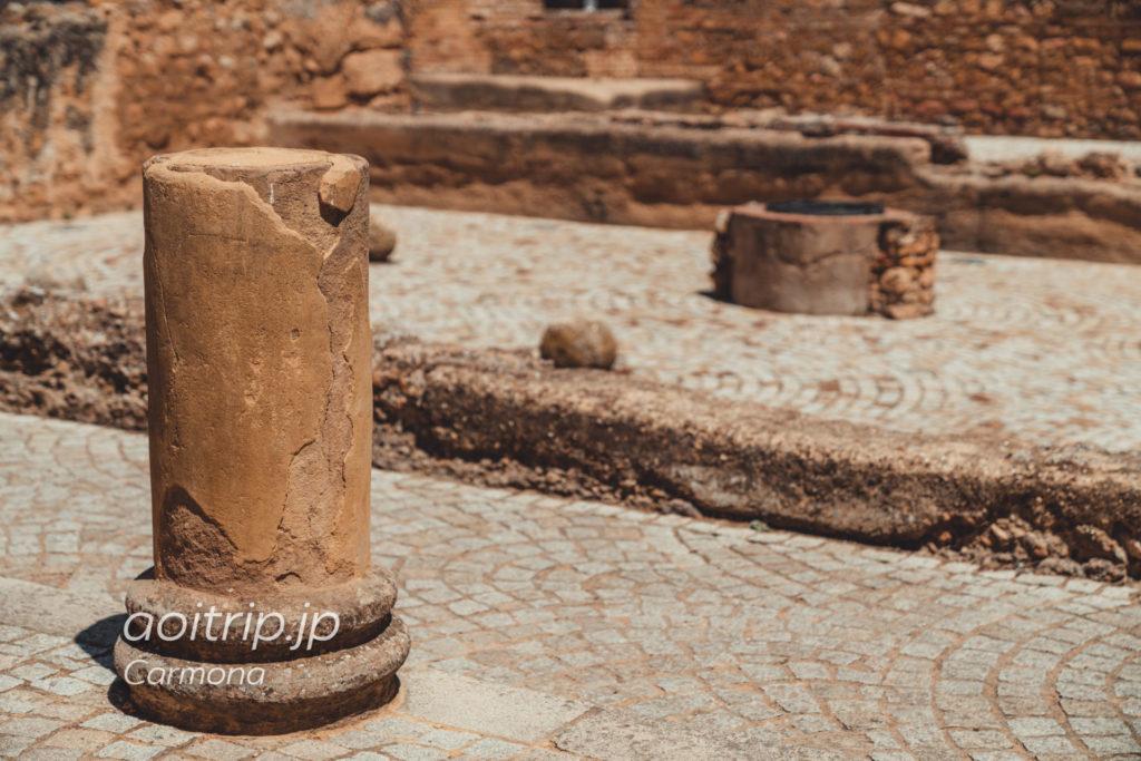 カルモナのPuerta De Sevilla. Patio of Cisterns