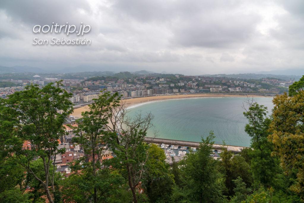 モンテウルグルから望むラ コンチャ ビーチの眺望