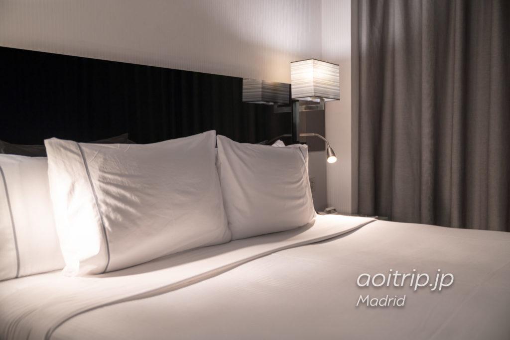 ACホテルマドリッドアトーチャのスーペリアルーム