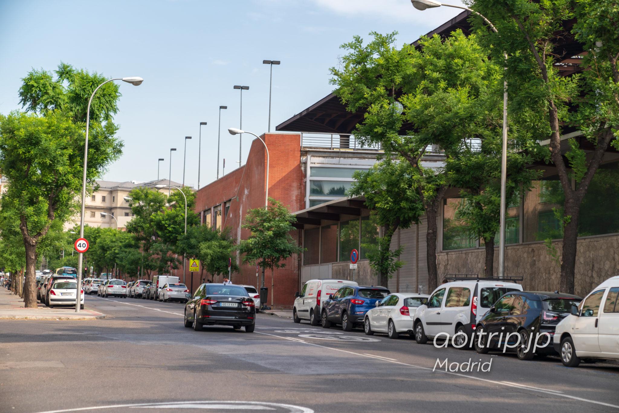 ACホテル マドリッド アトーチャからプエルタデアトーチャ駅までの道
