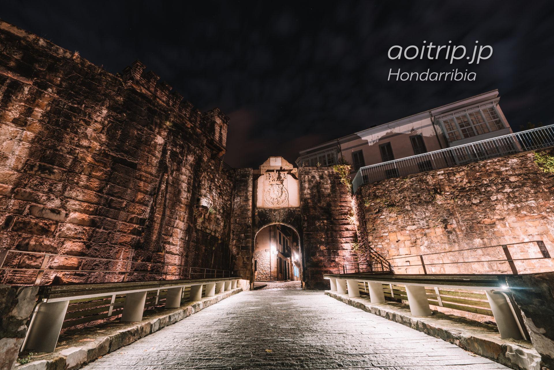 オンダリビアの夜景 Puerta de Santa María サンタマリア門