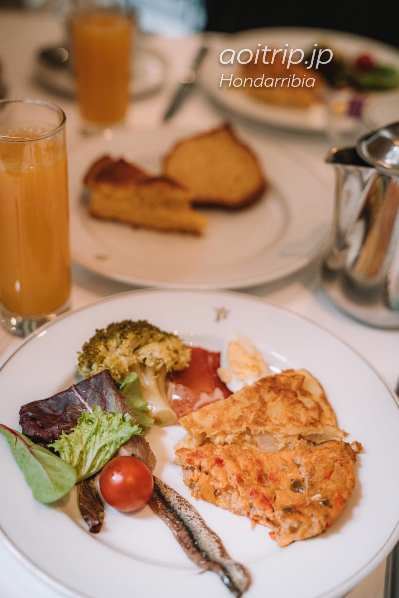 パラドールデオンダリビアの朝食