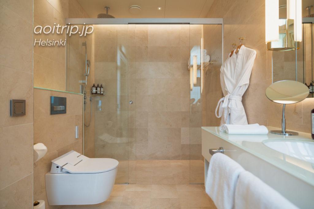 ホテル セイント ジョージ ヘルシンキのバスルーム