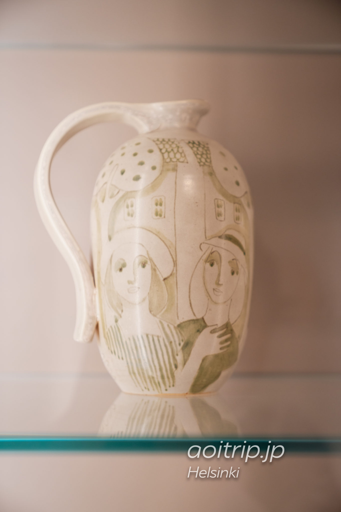 『Decorative Pitcher』Hilkka Säynäjärvi