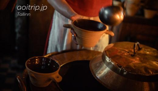 中世のタリンへタイムスリップ?暗闇過ぎるツンケン レストラン III Draakon(エストニア)