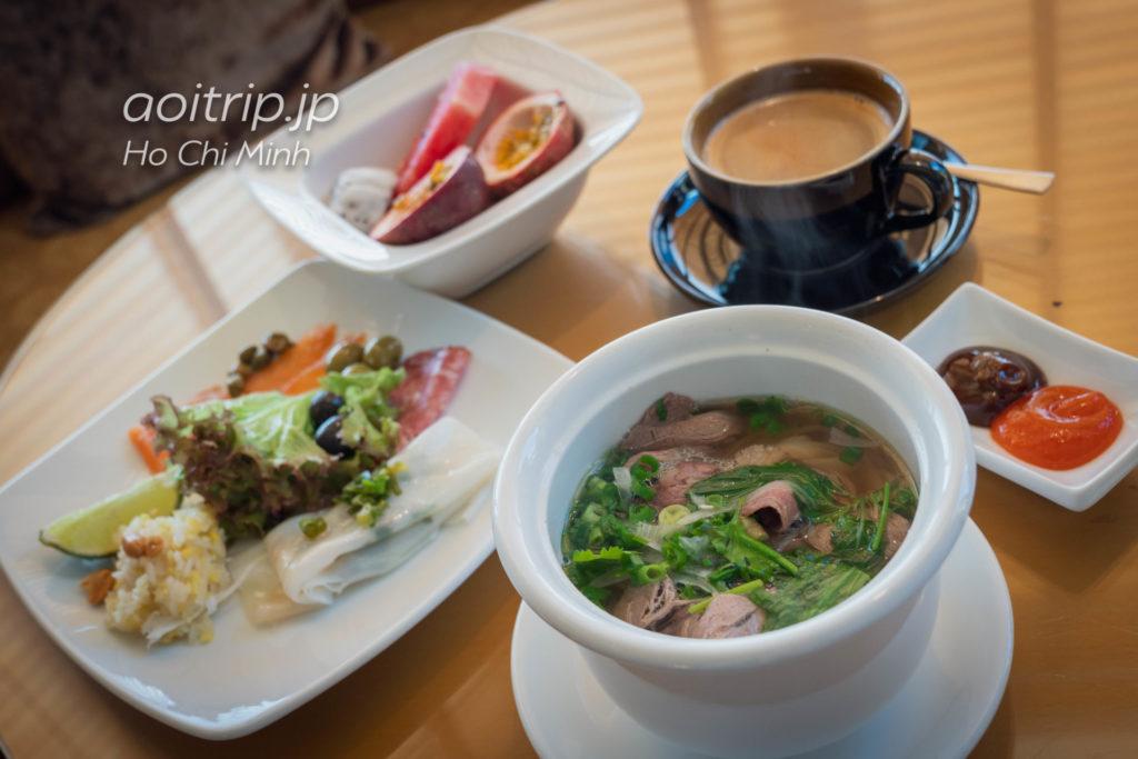 ルネッサンス リバーサイド ホテル サイゴンのクラブラウンジの朝食