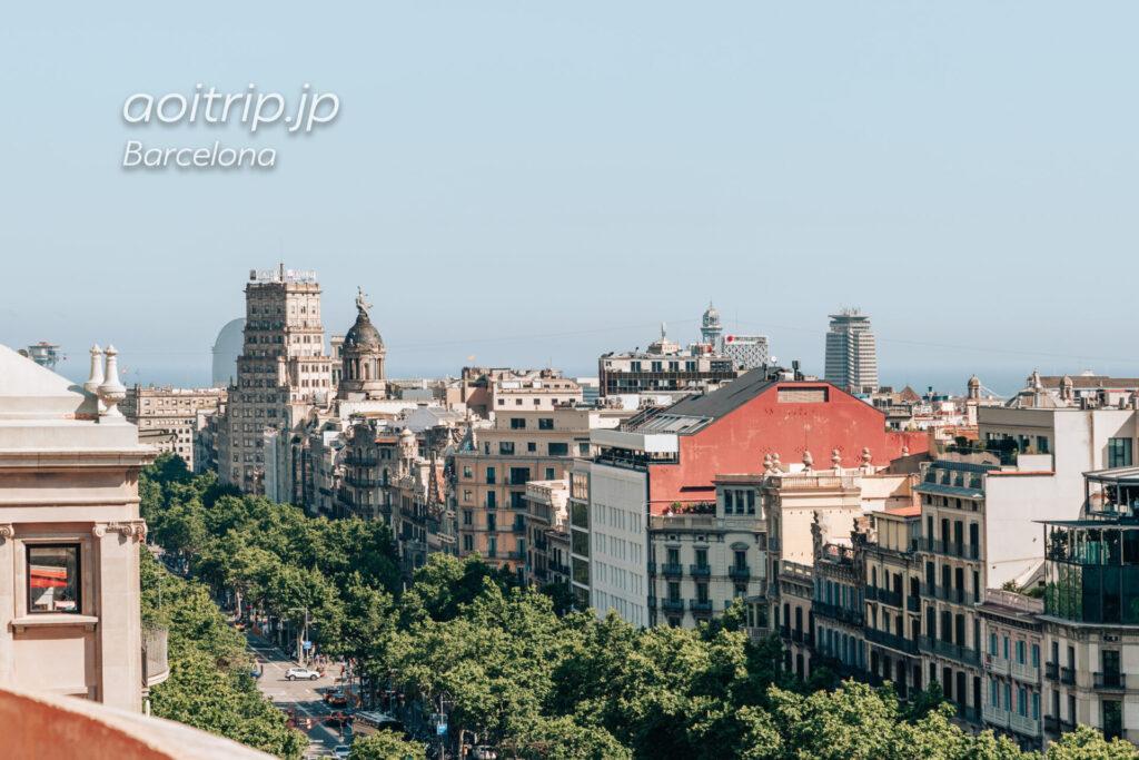 バルセロナ カサミラ屋上から望むカサバトリョ