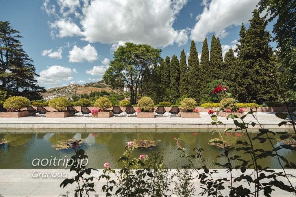 パラドール デ グラナダ 客室からの眺望