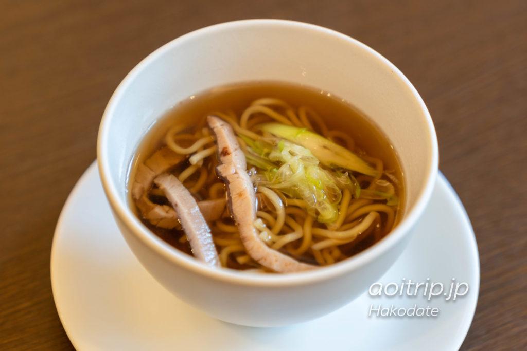 フォーポイント バイ シェラトン函館の朝食 醤油ラーメン