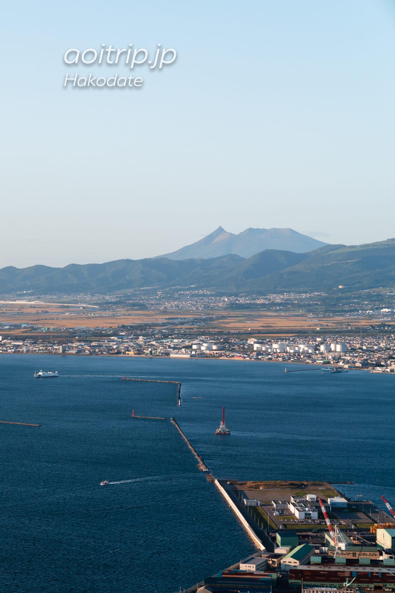 函館山展望台から望む北海道駒ケ岳
