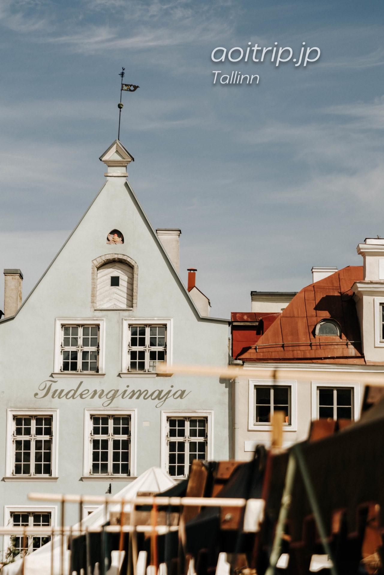 エストニア タリン ラエコヤ広場(旧市庁舎)前の週末マーケット