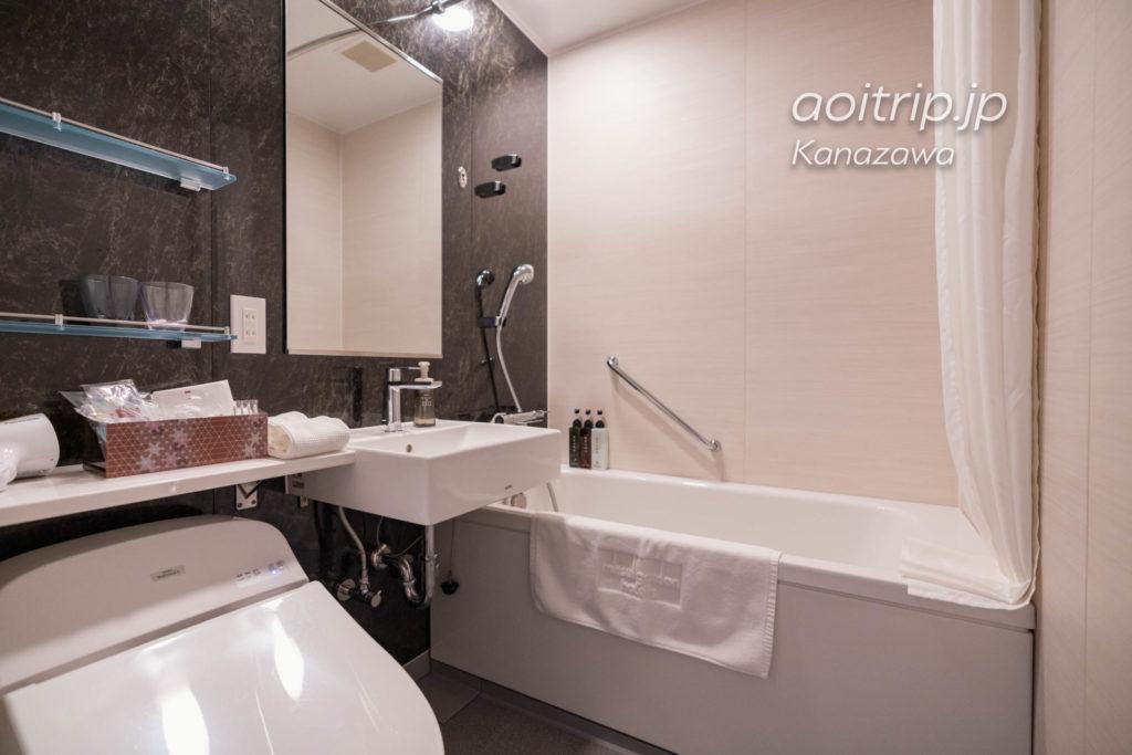 三井ガーデンホテル金沢のバスルーム