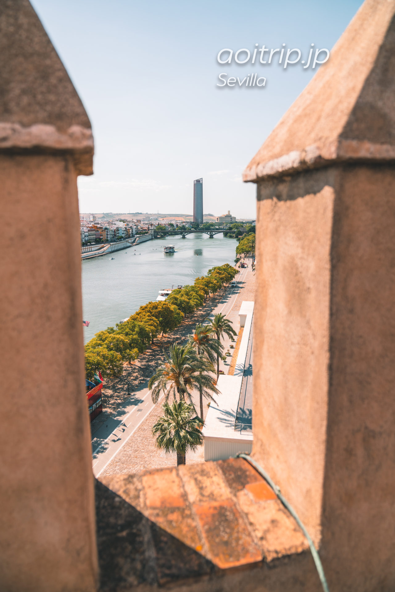 スペイン セビージャの黄金の塔