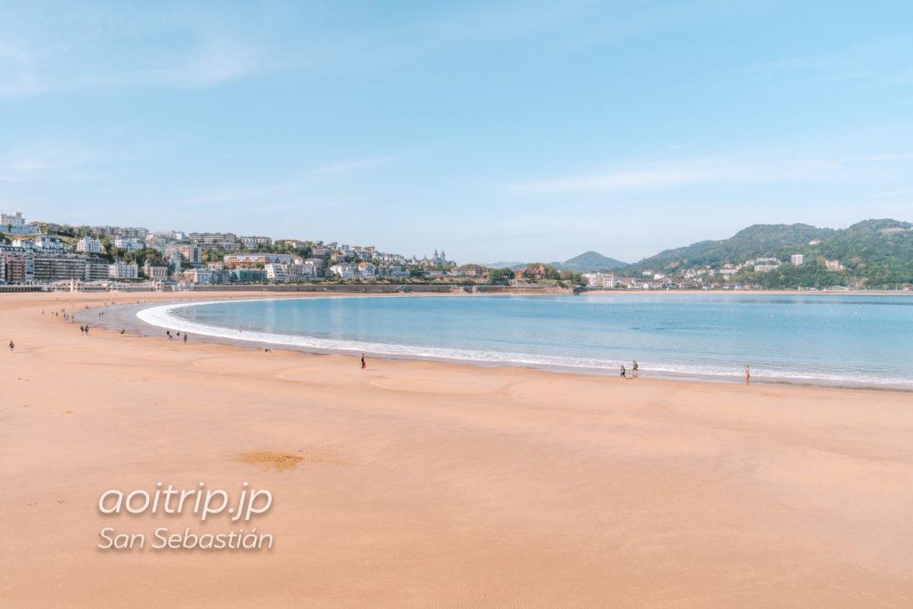 サンセバスティアンのラ コンチャ ビーチ