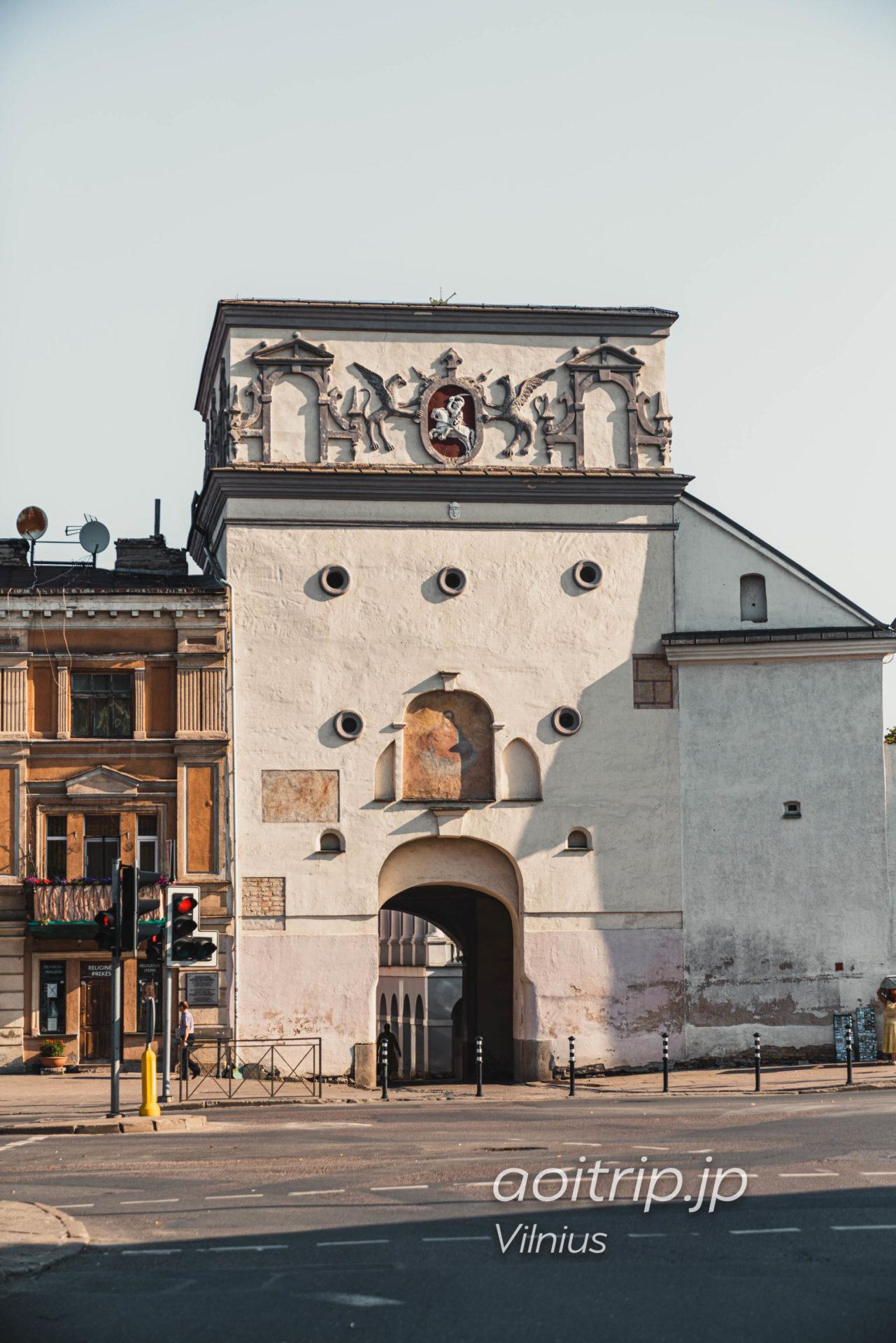 リトアニア ヴィリニュスの夜明けの門
