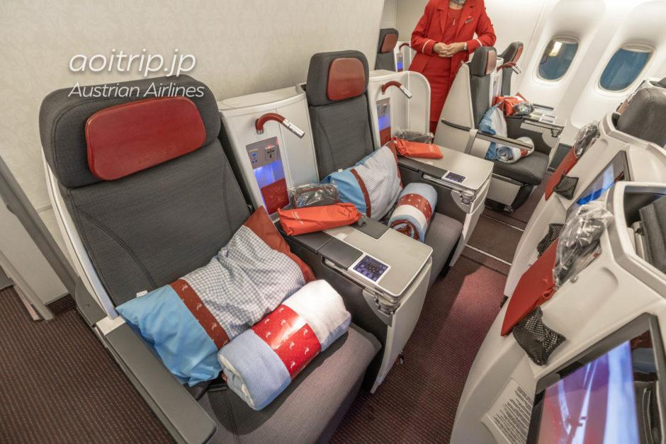 オーストリア航空 B777-200 ビジネスクラスの座席