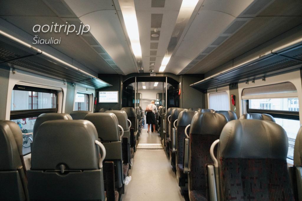 リトアニアの鉄道車内(シャウレイ→ヴィリニュス )