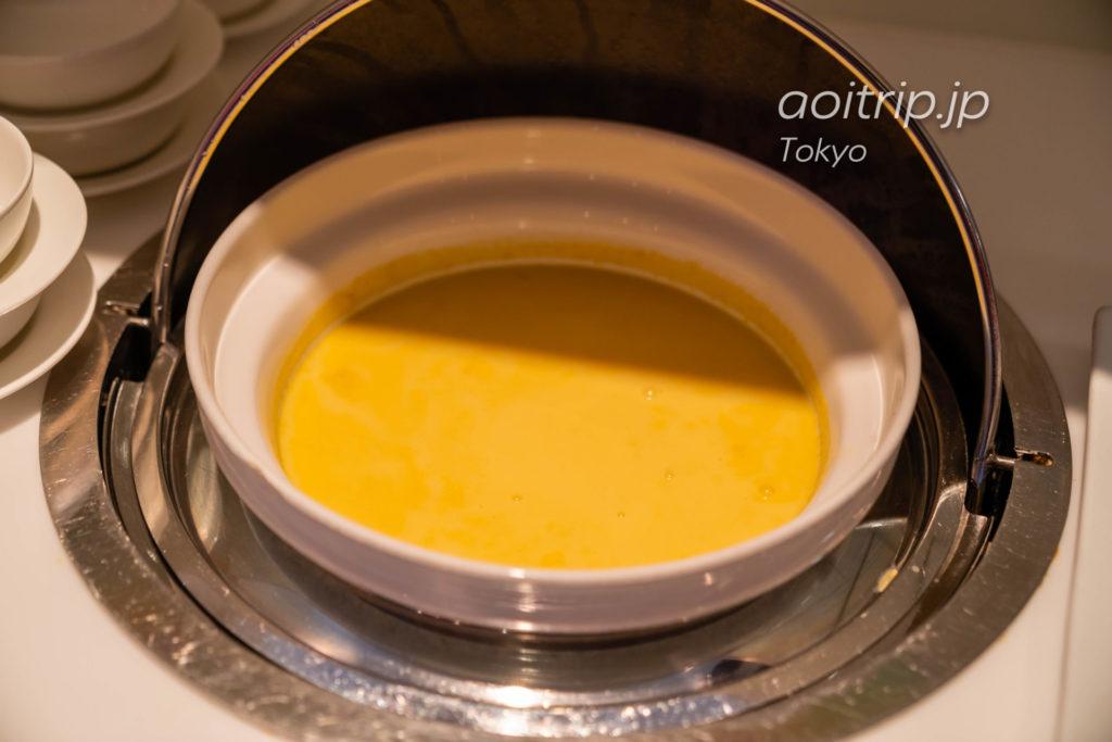 成田空港のカンタス航空ラウンジの食事