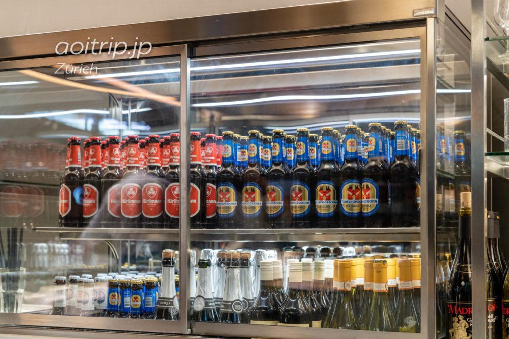 チューリッヒ国際空港 スイス航空のビジネスクラスラウンジ ビール