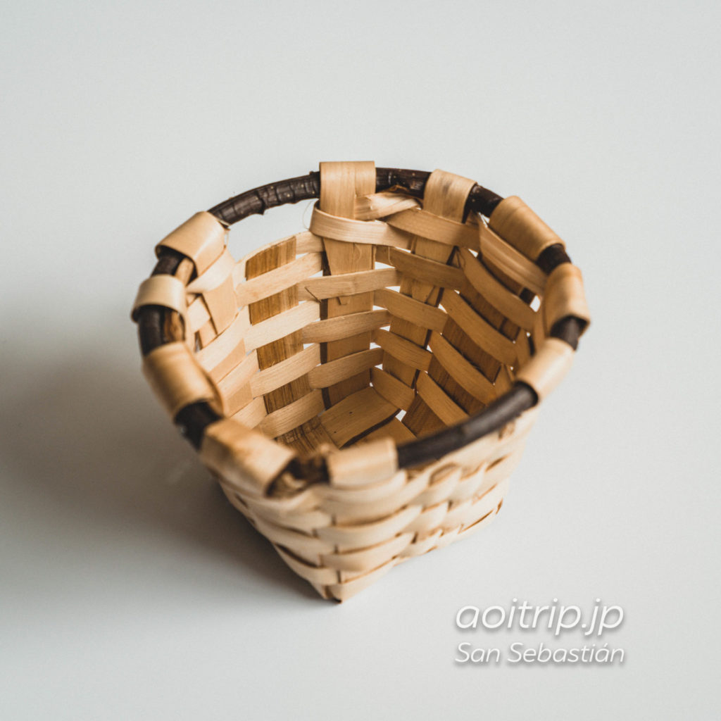 スペイン・サンセバスティアンで購入したお土産 栗の木の籠