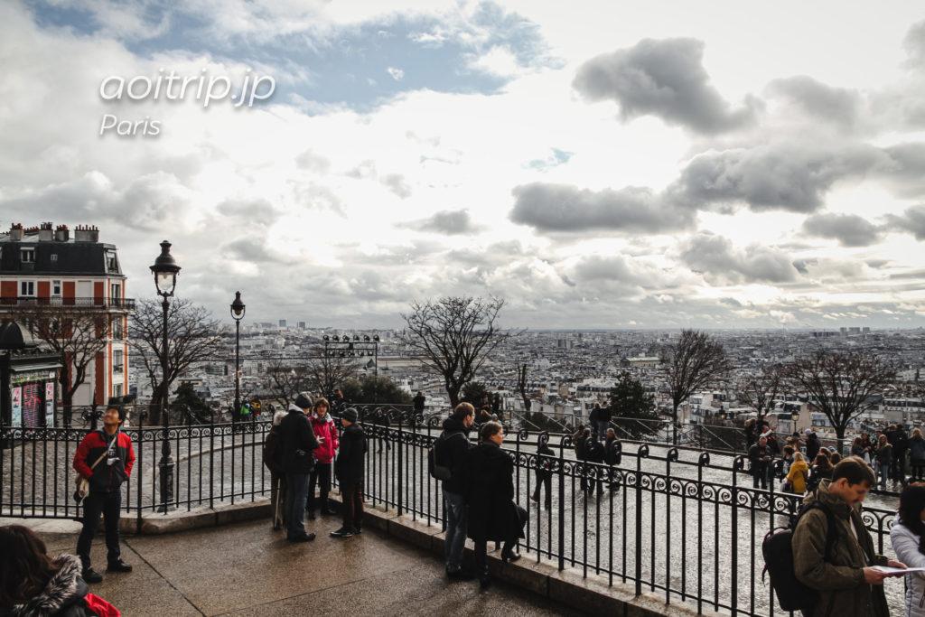 パリ モンマルトルのサクレクール寺院の眺望