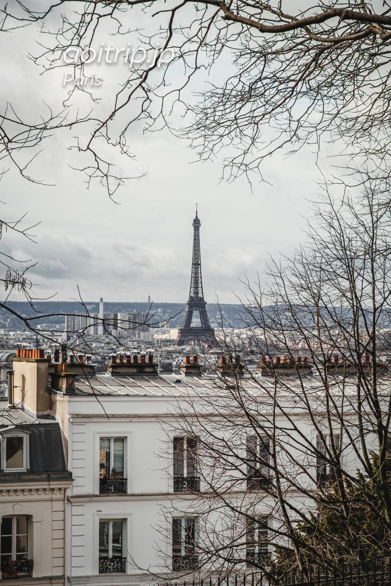 パリ モンマルトルから望むエッフェル塔