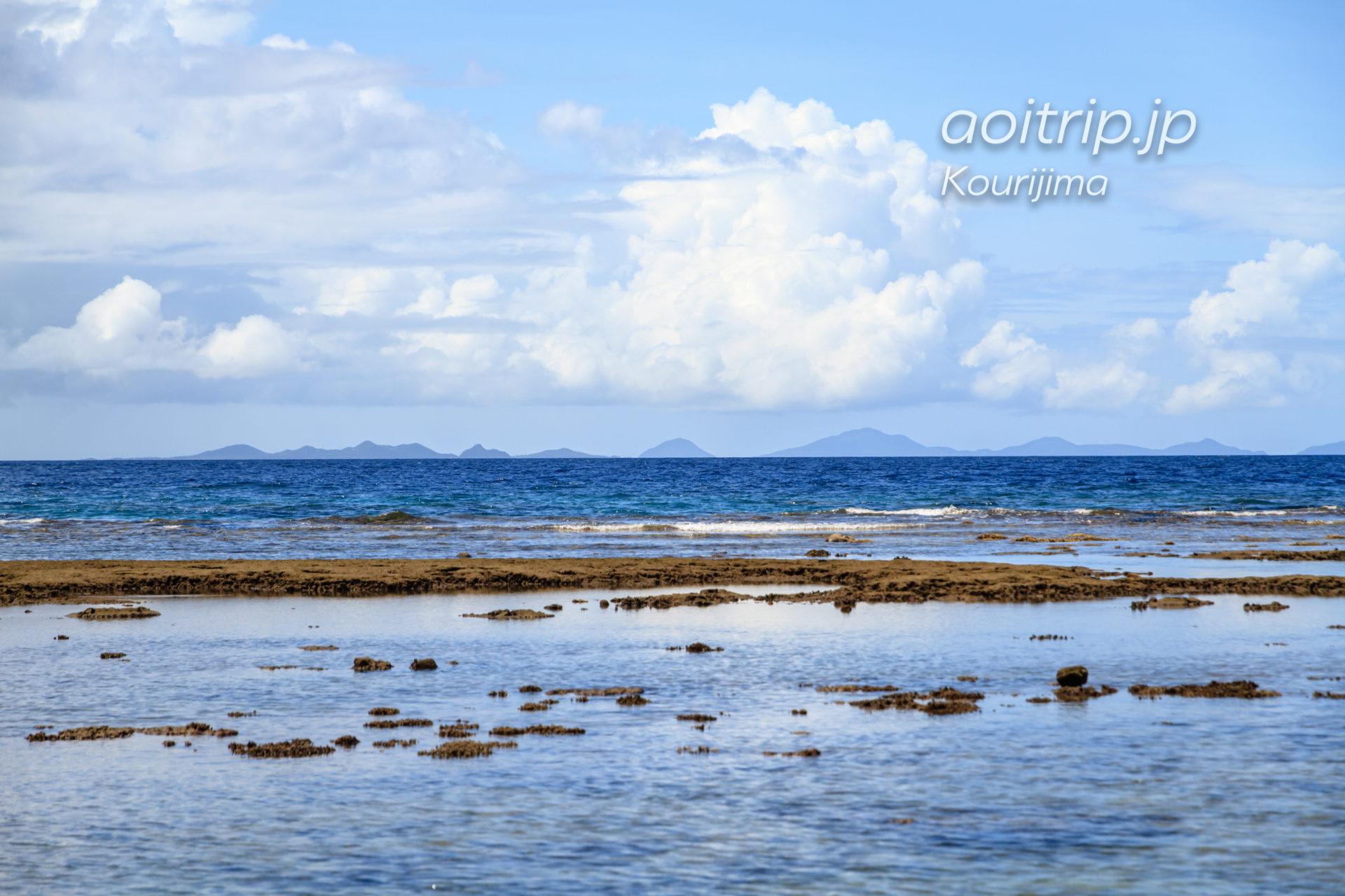 古宇利島ティーダ浜(ハートロック)から望む伊平屋伊是名諸島