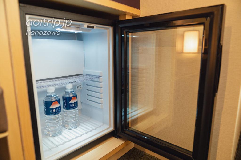 アゴーラ金沢の冷蔵庫・ミネラルウォーター