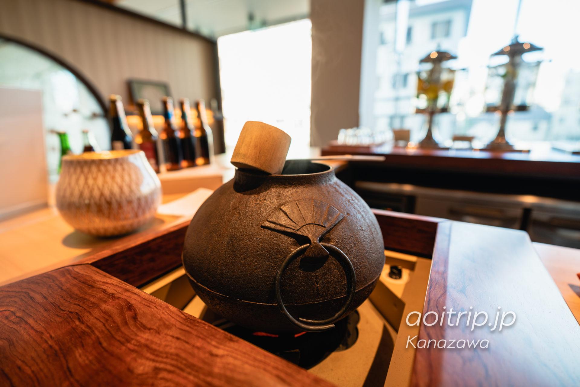 アゴーラ金沢のホテル2Fラウンジでいただく抹茶
