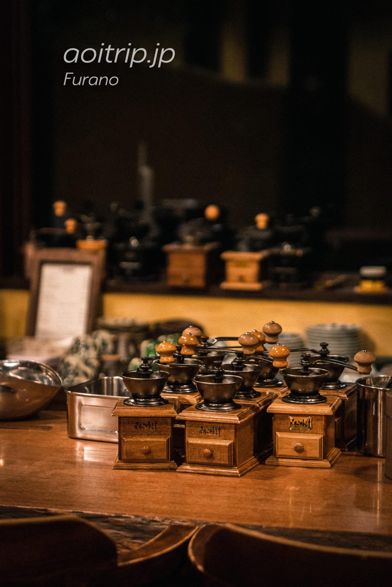 珈琲 森の時計のカウンター