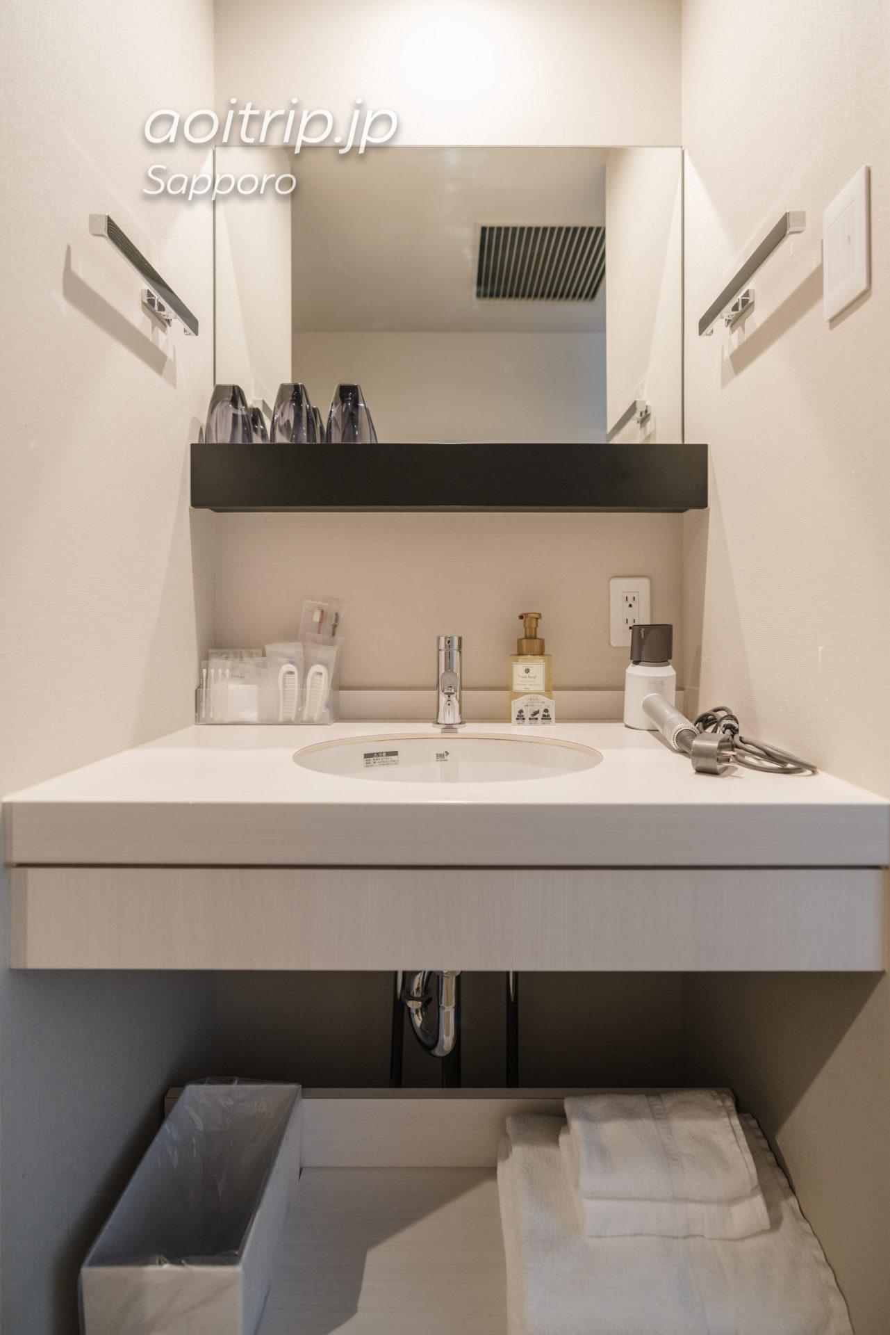 JRイン札幌南口プレミアツインの洗面台