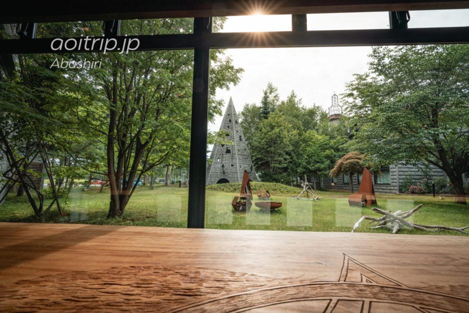 北天の丘あばしり湖鶴雅リゾート 宿泊記|Hokuten no Oka Lake Abashiri Tsuruga Resortのラウンジ 回 かい