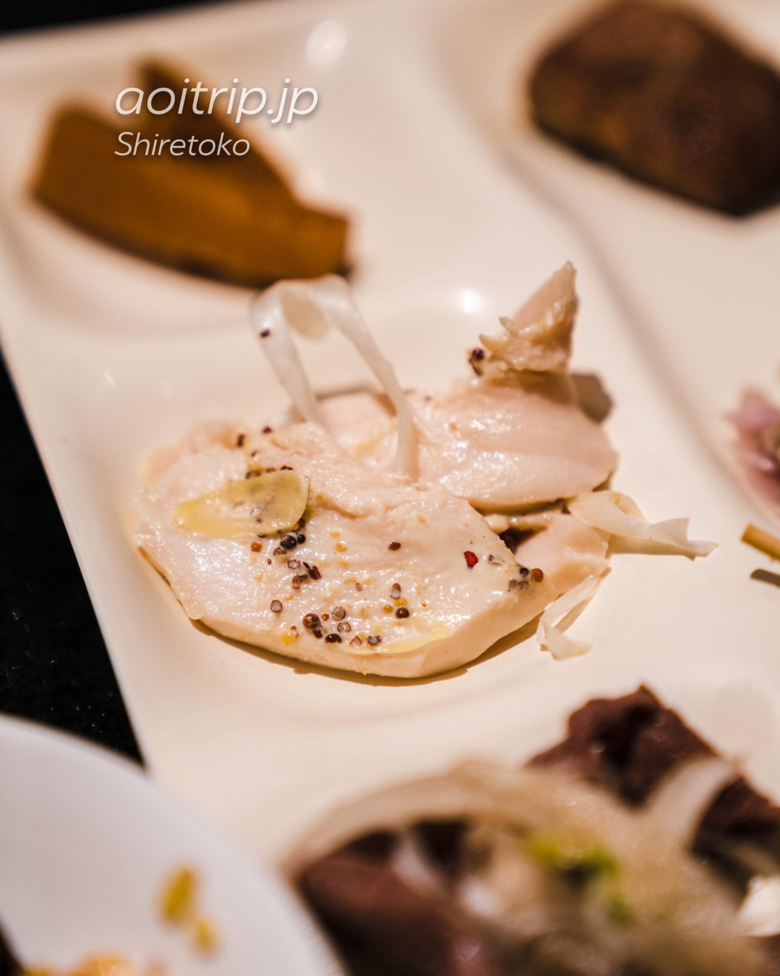 KIKI知床 ナチュラルリゾートの夕食 知床鶏のローストチキン